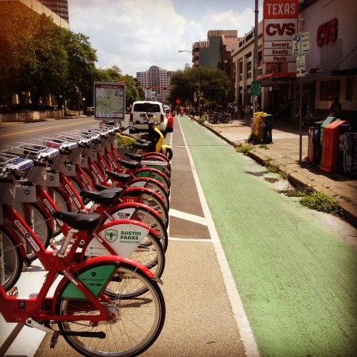 Ciclovia-Guadalupe-St-Bicicletas-Publicas